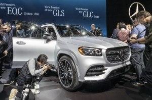 На автосалоне в Нью-Йорке Mercedes-Benz представил новые модели Mercedes-AMG и SUV