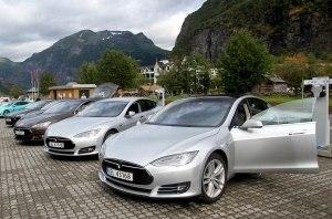 В Норвегии электромобили составили более половины продаж новых авто