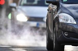 ЕС ужесточил ограничения на выбросы углекислого газа для автомобилей с ДВС